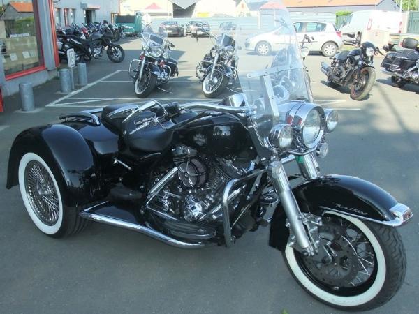 trike harley davidson occasion id e d 39 image de moto. Black Bedroom Furniture Sets. Home Design Ideas